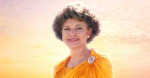 Elizabeth Clare Prophet in a Gold Sari