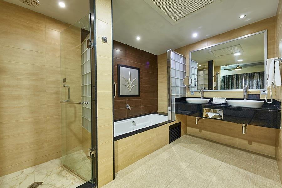 room-suite-riu-palace-macao-2_tcm55-229609