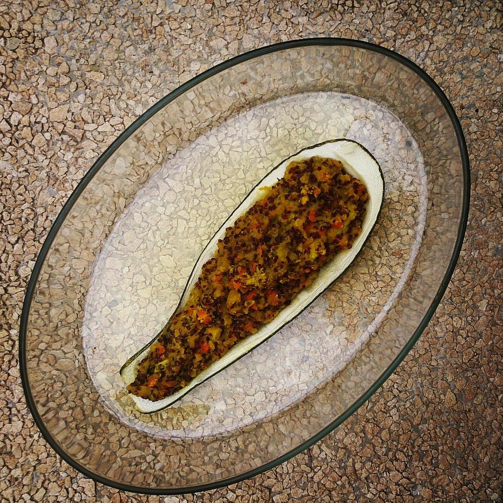 Vegetarian stuffed zucchinis