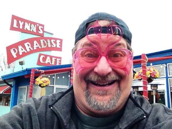 Suffering with Flamingo Pink Eye at the former Lynn's Paradise Cafe in Louisville in December 2012