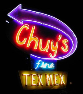 chuys-neon-sign