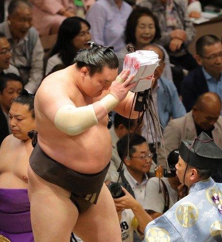 El Yokozuna Hakuho se alzaba hoy con su 37º título de la máxima categoría del sumo