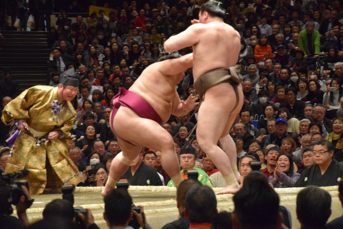 Hatsu 2019, día 11 - Mitakeumi regresa para revolucionar el torneo
