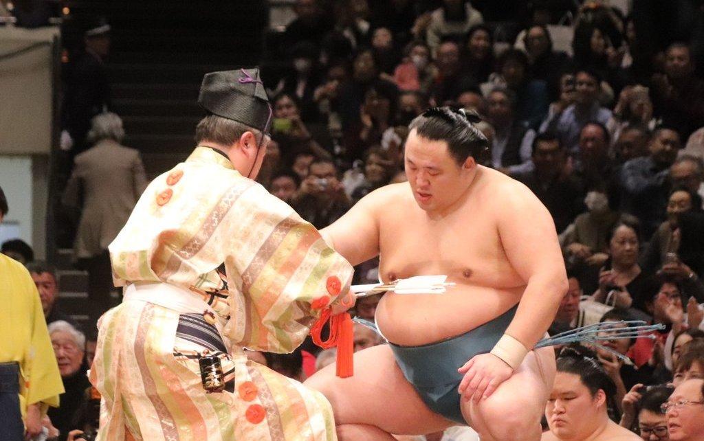 Tamawashi yusho