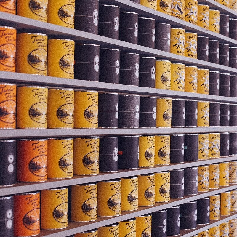 Canned Food | Sump & Stammer GmbH | International Food Supply - Certain destinations require canned food because of special shelf life requirements. We stock a wide range of canned food for your needs: Fruit - Vegetables - Meat Products - Fish Products - Ethnic Specialities