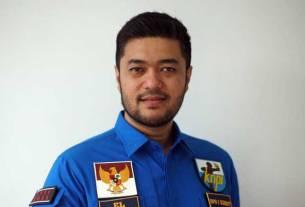 El Adrian Shah.