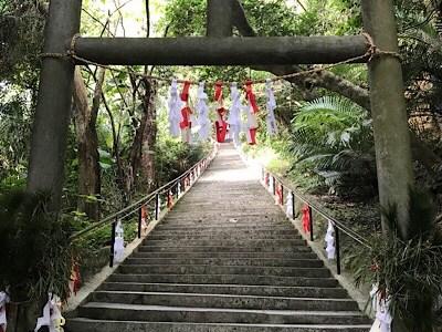 【沖縄2日目】シルミチューの旧正月神事と龍と斎場御嶽