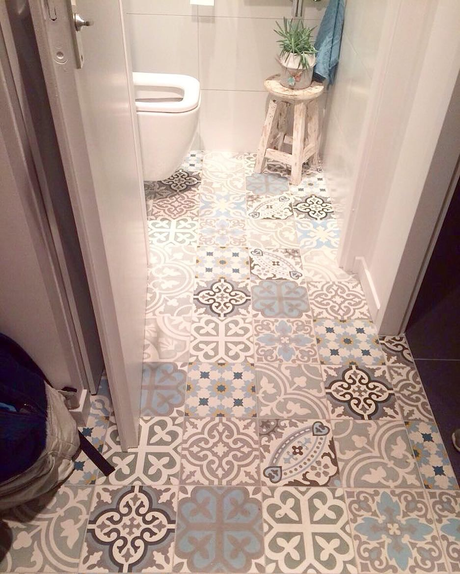 Tips Memilih Keramik Lantai Kamar Mandi Cek Bahan Bangunan Tips memilih keramik kamar mandi