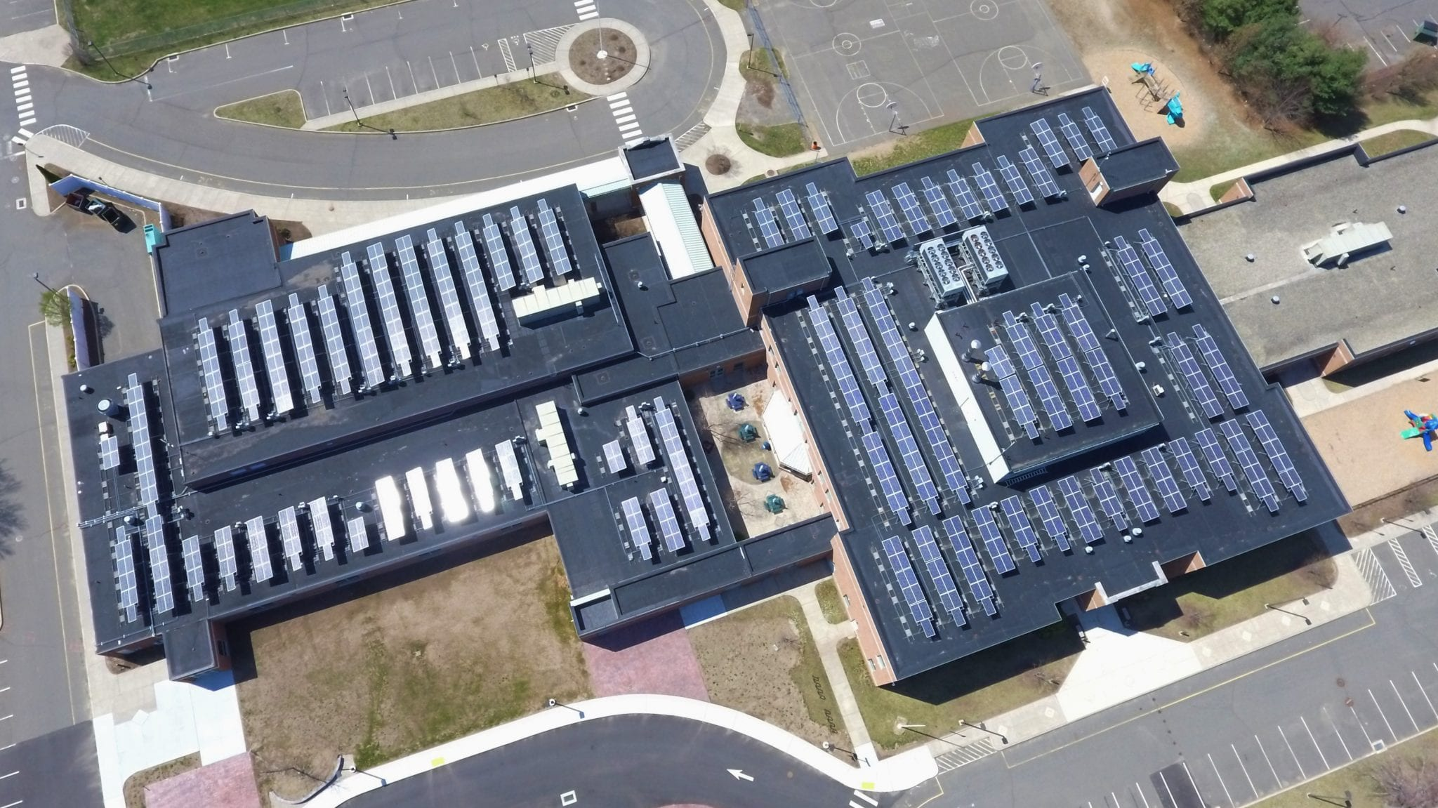 Commercial Solar Operations and Maintenance Solar Inspection Plainville CT-Sun-Wind Solutions
