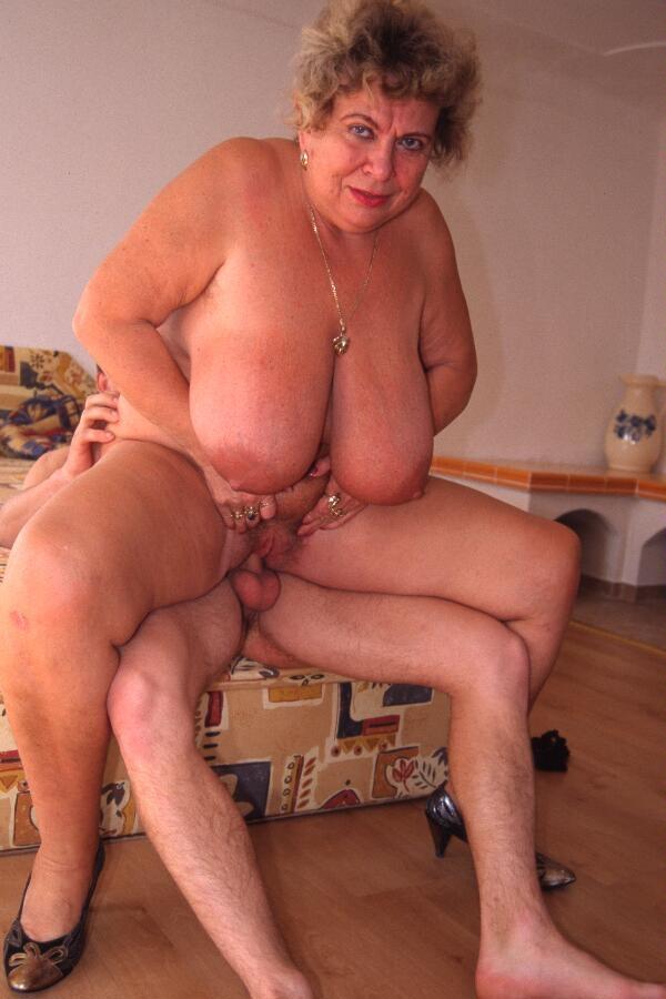 big-tits-granny-sex-sexy-indian-actress-naked-big-boobs