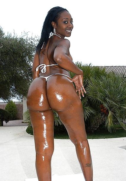 Tall strong woman goddess severa