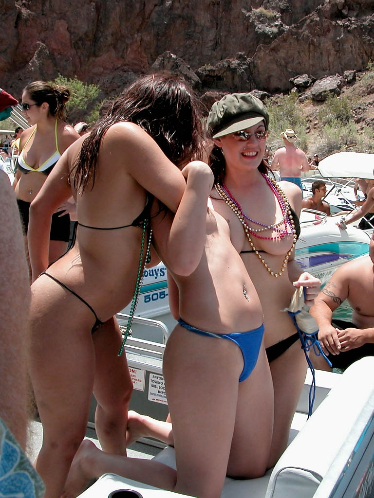 pictures-of-women-naked-lake-havasu