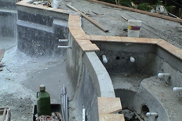 swimming-pool-construction-process-tile-coping
