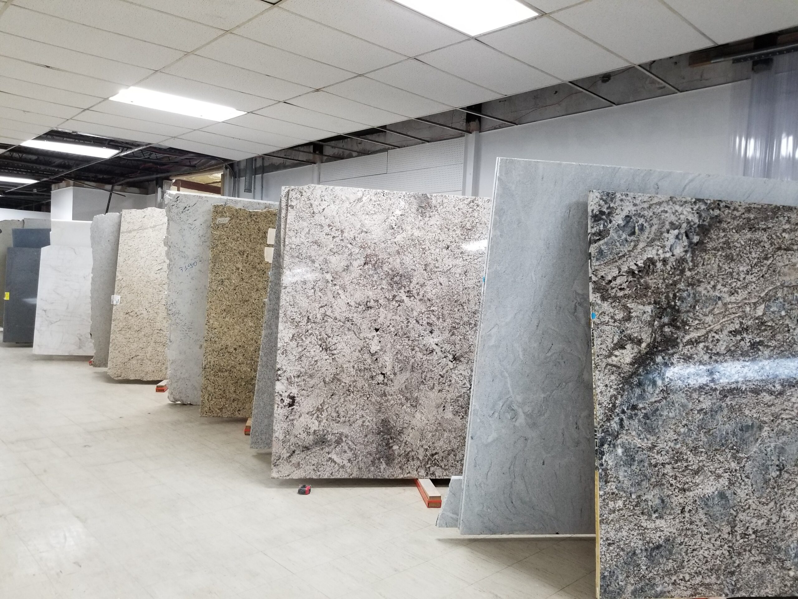 omicron granite sundance tile