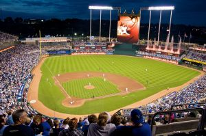 kauffman_stadium_at_night_2009