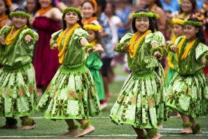 hawaiian-hula-dancers-377653_960_720-sundance-vacations