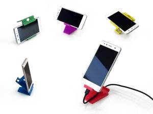 3D-smartphone-stand-sundance-vacations