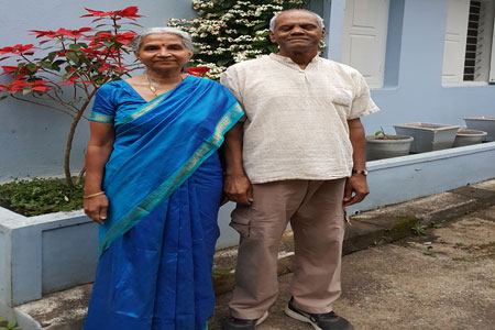 Sundara Mahal Vegetarian Homestay guests Geeta and family