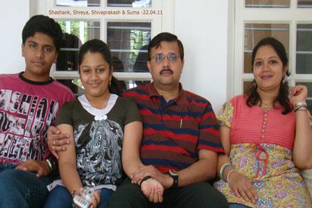 Sundara Mahal Vegetarian Homestay guests Suma and family
