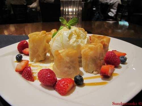 pf chang's Banana Spring Rolls salt lake city US EUA restaurante