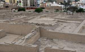 sitios arqueológicos de lima: Huaca Pucllana -  setores do templo