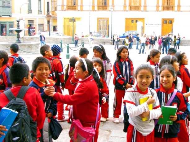 É possível ir para o Peru com crianças - Crianças em Lima