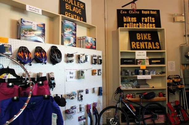 Eau Claire Rapid Rent - Interior da loja