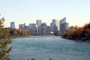 Eau Claire Rapid Rent - Skyline de Calgary