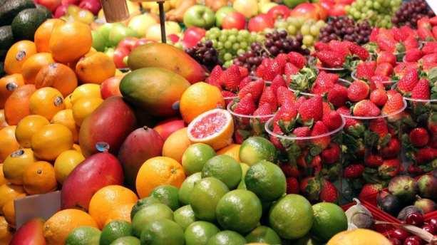 Mercados em Montreal - Diversidade de frutas