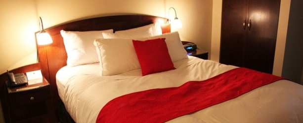 Onde ficar em Montreal - le saint sulpice hotel - cama