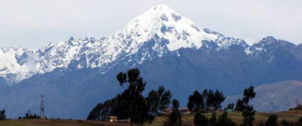 Valle Sagrado - Chinchero - montanha nevada