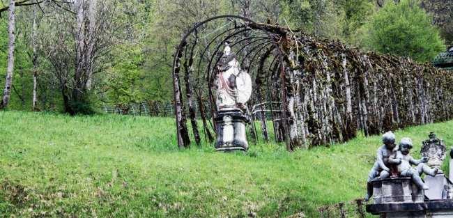 Castelos da Alemanha - Estátua do Linderhof