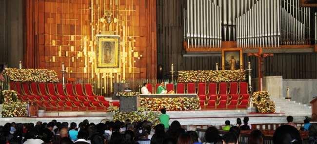Basílica de Guadalupe - missa