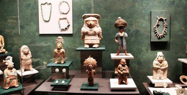 Museu Nacional de Antropologia - esculturas miniatura