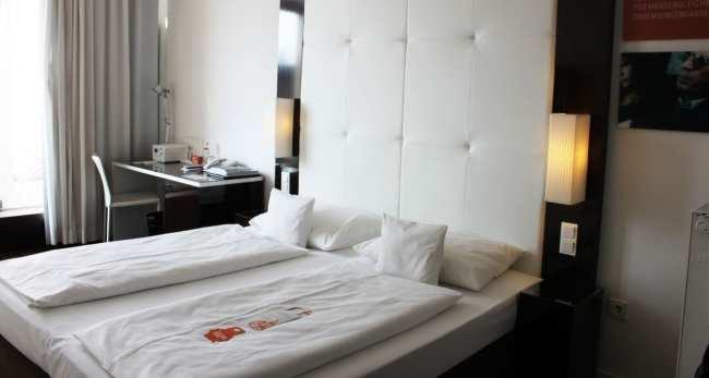 Hotel em Frankfurt: The Pure - Quarto