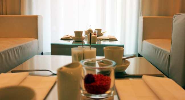 Hotel em Frankfurt: The Pure - sofás do lobby