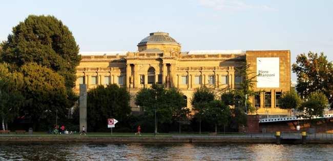 Passeio em Frankfurt - Stadt Museum
