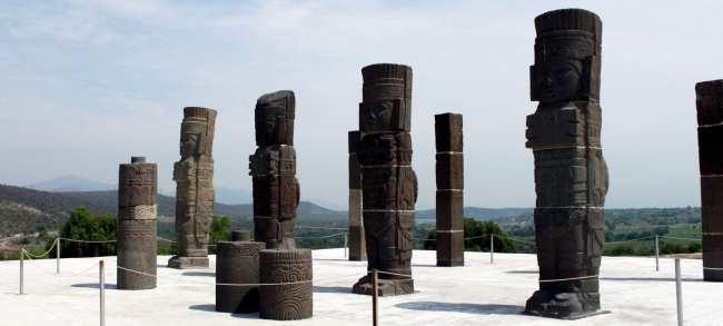 Pirâmides de Tula no México - Atlantes / Guerreiros