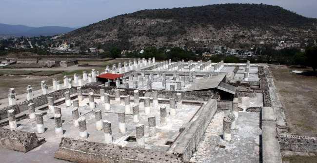 Pirâmides de Tula no México - Vista geral do Grande vestíbulo