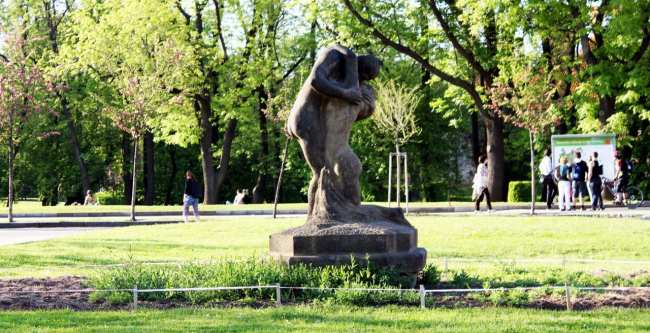 Petrin em Praga - Estátuas 2