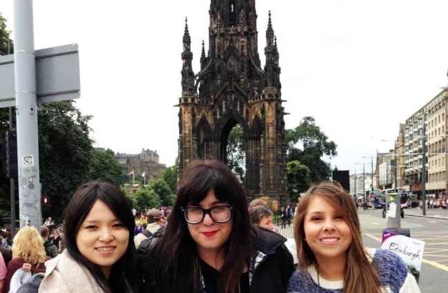 Planejando uma viagem para Edimburgo - Mabê e amigas