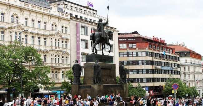 Praça Venceslau de Praga - Estátua do Venceslau 2