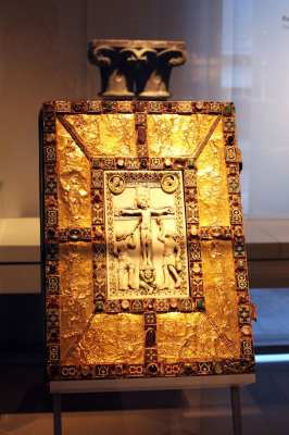 Museu Nacional Germânico de Nuremberg - Livro Sagrado