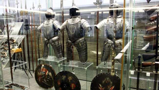 Museu Nacional Germânico de Nuremberg - Armaduras medievais