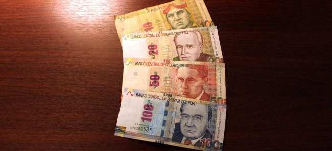 Como identificar notas falsas de nuevos soles no Peru - Notas verdadeiras 1