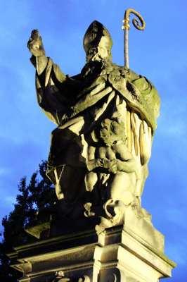 Ponte Carlos em Praga - Escultura 1