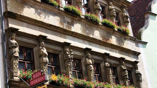 Rothenburg - Detalhes do prédio perto da Marktplatz