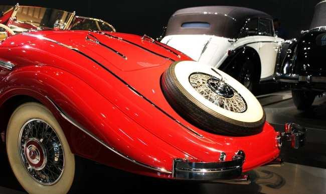 Stuttgart - Museu da Mercedes-Benz Carros 3
