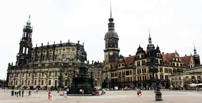Dicas de viagem a Dresden - Cidade Velha Alstadt Praça principal 2