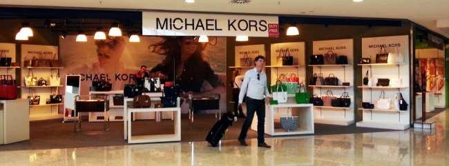 Novo Terminal 3 do Aeroporto de Guarulhos - Michael Kors